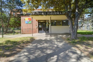 Royal kindergarten entrance